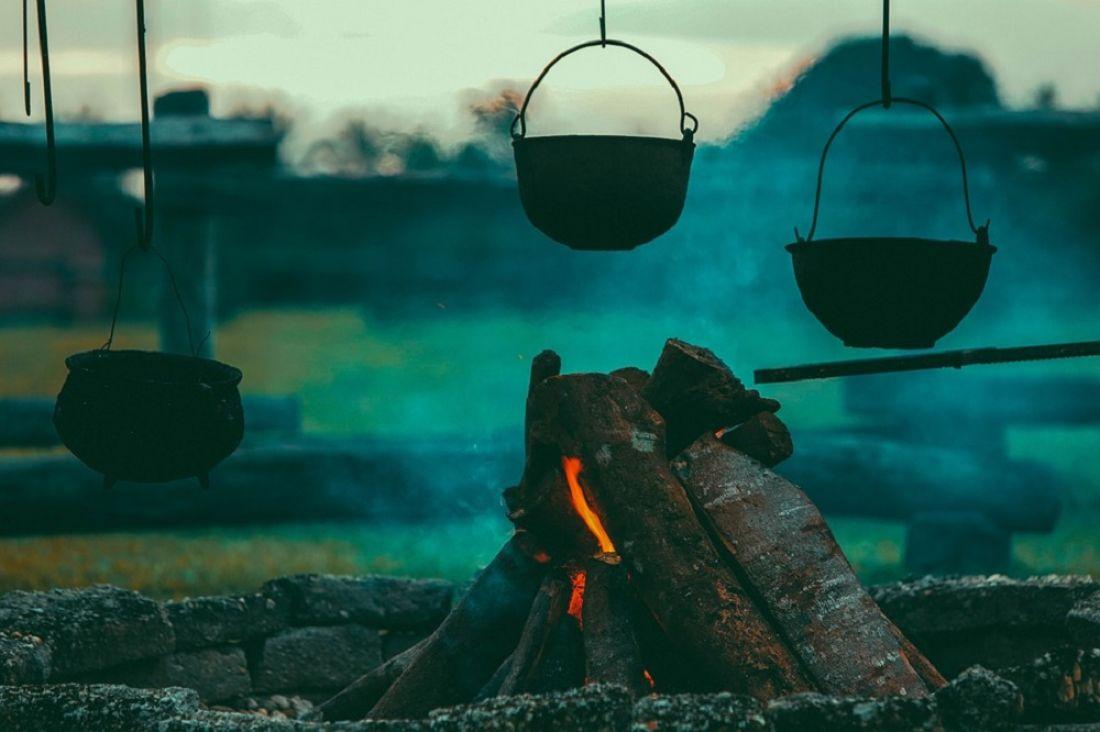 Как правильно сжигать мусор и разводить костер