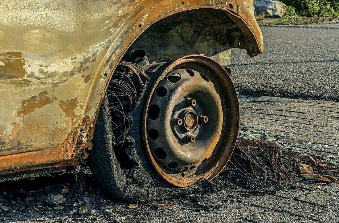 На ГПЗ в Пензе сгорел автомобиль. Видео