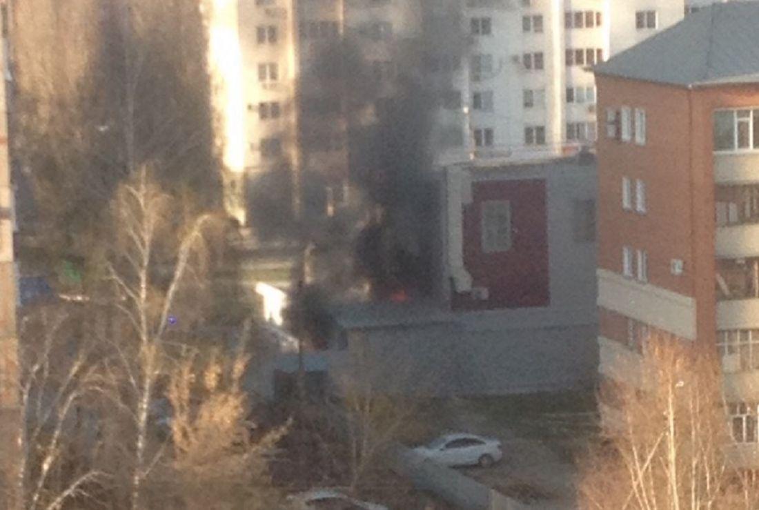В Пензе в Арбекове загорелась шашлычная