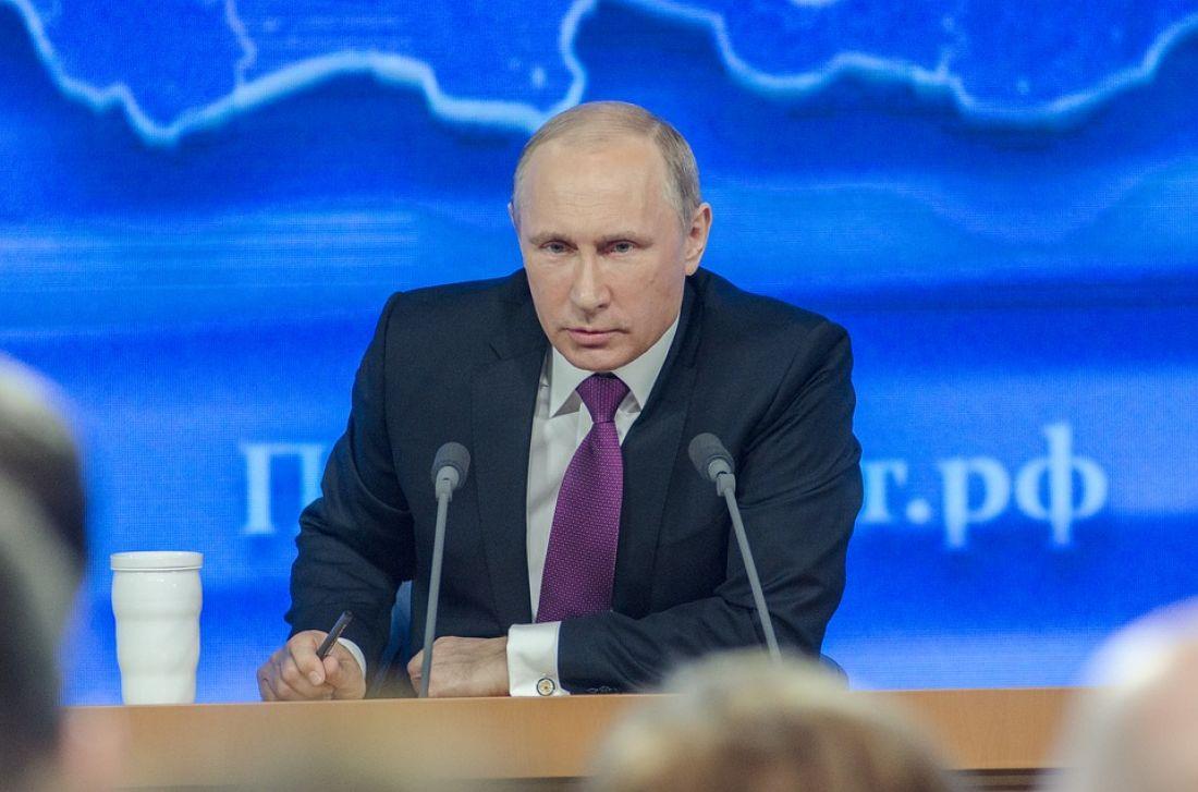 Президент России подписал закон об ужесточении наказания за бегство с места аварии